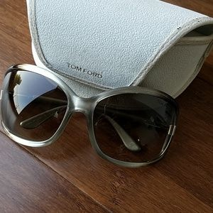 Brand new with case Tom Ford Sunglasses Anais
